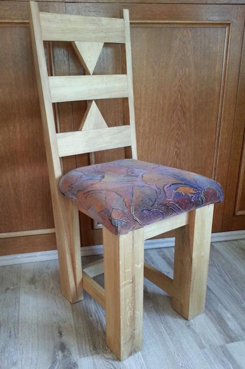 Stuhl aus massiv Eiche